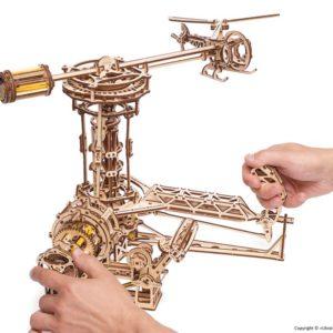 Ugears_Aviator_Model_Kit_3_1024x1024.jpg