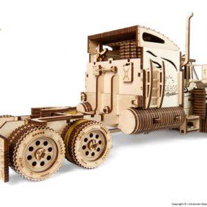 Ugears_Heavy_Boy_Truck_VM03_DSC8601_1024x1024.jpg