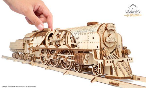 Ugears_VExpress_Steam_Train_with_Tender_Model_Kit_3_1024x1024.jpg