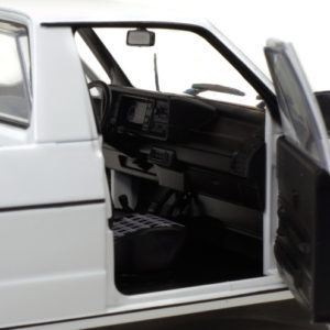 s1803501volkswagencaddymk1white198210600x495.jpg